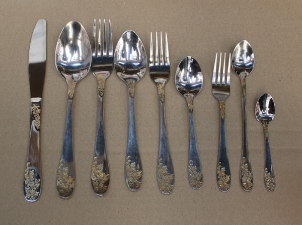 Набор столовых приборов 9 предметов (листик)