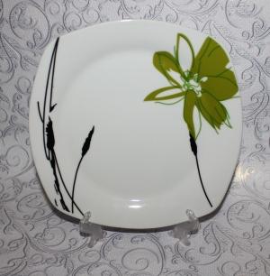 """Тарелка """"Зеленый цветок"""" квадратная 235мм"""