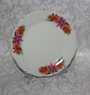 Тарелка с волнистым краем 175мм