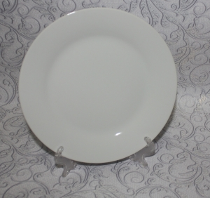 Тарелка белая 180мм